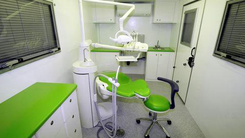 Dentalclinic-truck-type3-0335978f