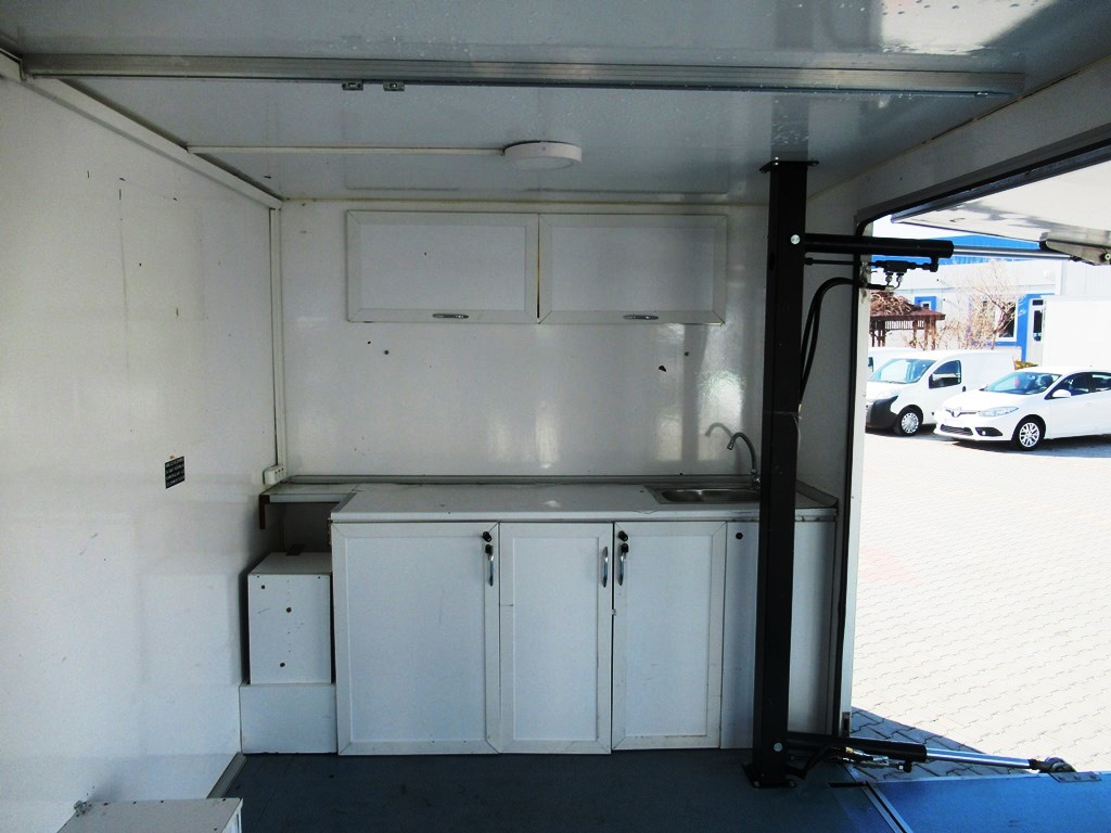 Mobil Clinic Laboratory from Enak (2)